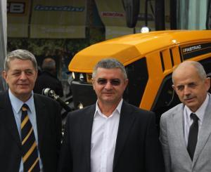 Тодор Николов (ляво), Веселин Генев и зам.-министър Георги Костов