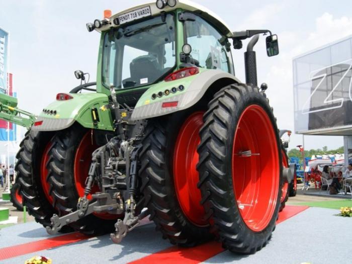 Сдвоени тесни гуми на трактор