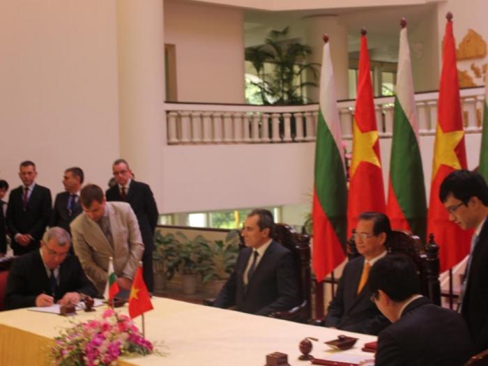 Министър Греков и министър Као Дък Фат подписаха Меморандум за разбирателство в областта на земеделието