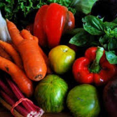 Повече плодове и зеленчуци вместо сол