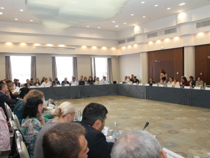 Комитетът за наблюдение на ПРСР 2014-2020 гласува и мярка за осигуряване на паша на пчелите