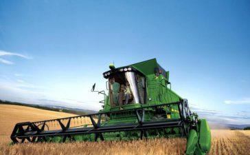 Ще зареждат тракторите и комбайните по бензиностанциите в страната