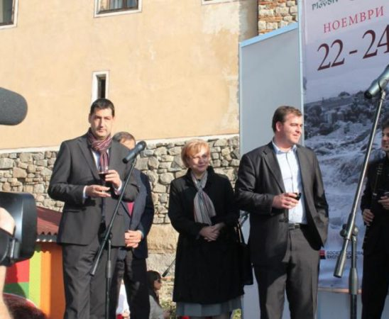 През следващата година предвиждаме да направим няколко промоции на българско вино в нашите посолства в различни точки по света
