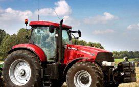 """Ново поколение трактори на изложението """"Селското стопанство и всичко за него"""" в Дорбич"""