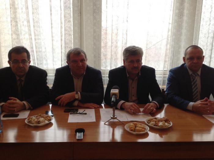 Това стана ясно по време на среща с производители на едролистни тютюни в Института по тютюна в с. Марково.