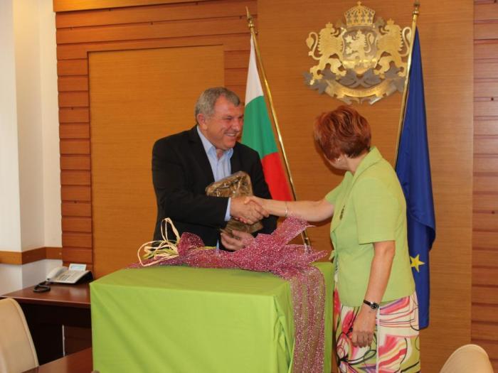 Министър Греков: Връзката между средното и висшето образование е важна