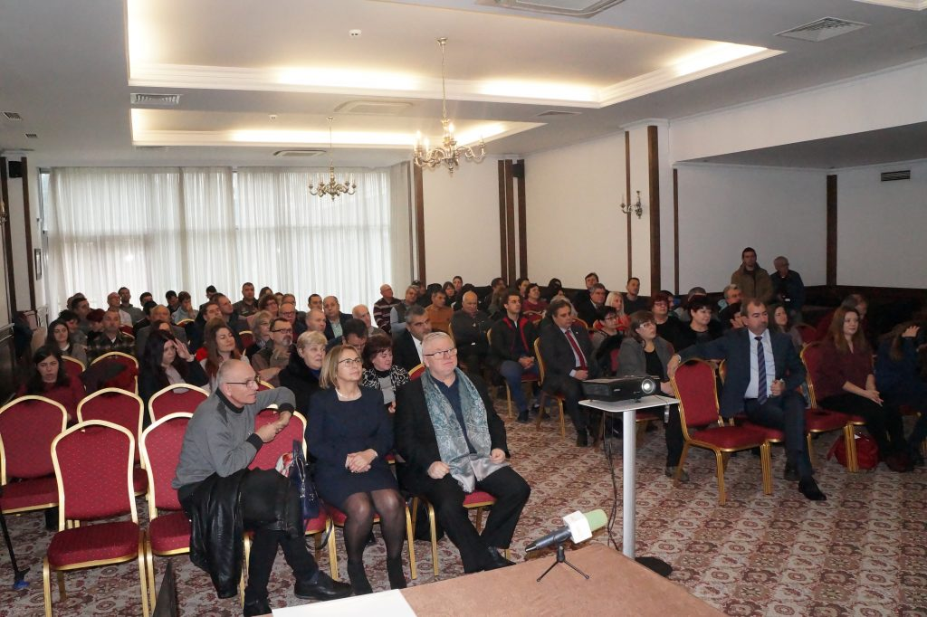 Изпълнителната агенция по селекция и репродукция в животновъдството и Национален съюз на зооинженерите в България раздадоха за 12-ти пореден път наградите зооинженер на годината. Церемонията се състоя в град Пловдив.