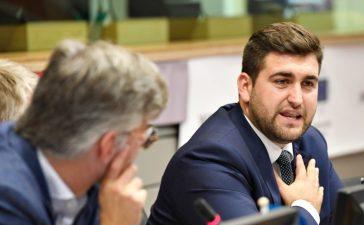 Андрей Новаков поиска 45 млн. евро от бюджета на ЕС за справяне чумата по свинете